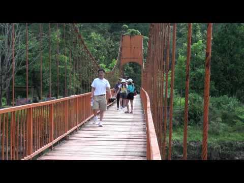 ຍ່າງຢູ່ວັງວຽງ - Walking in Vangvieng, Laos