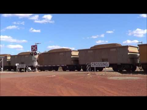 Iron Ore Trains @ Karijini