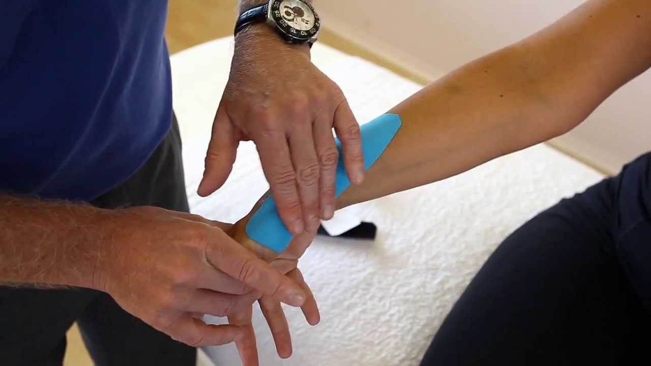 How to apply Kinesiology taping - Tendinitis of Wrist and forearm ...