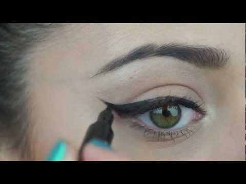 Three Ways to Wear Winged Eyeliner thumbnail