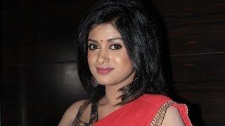 Oviya dubs for Madha Yaanai Koottam!