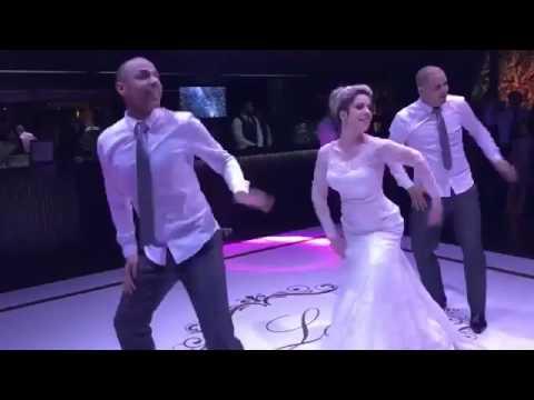 """Novia baila  """"Paradinha"""" da Anitta Beyoncé Rihanna Ludmila e MC Kevinho"""