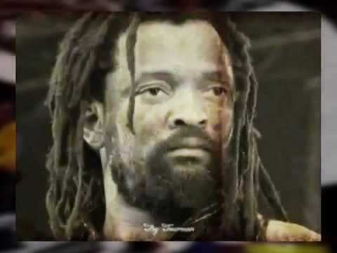 Lucky Dube - Born to Suffer (Live)