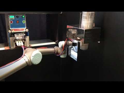 Robotic Arm Bubble Tea Maker in Taipei, Taiwan