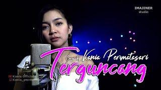 Gambar cover Terguncang - Cover by Kania Permatasari