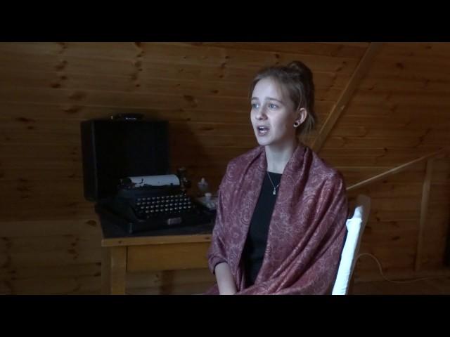 Изображение предпросмотра прочтения – ЕкатеринаЯкубовская читает произведение «Лиличка! (Вместо письма)» В.В.Маяковского