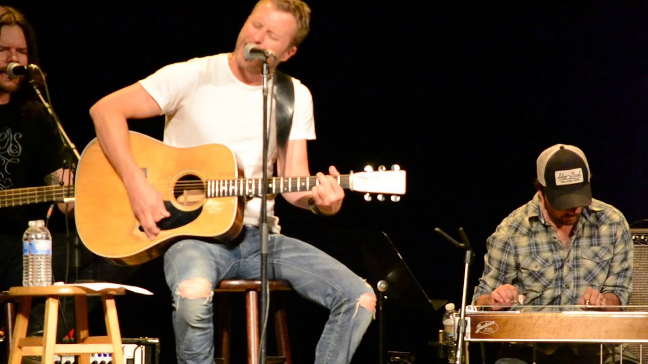 dierks bentley sings and tells story behind 39 i hold on 39 doovi. Cars Review. Best American Auto & Cars Review