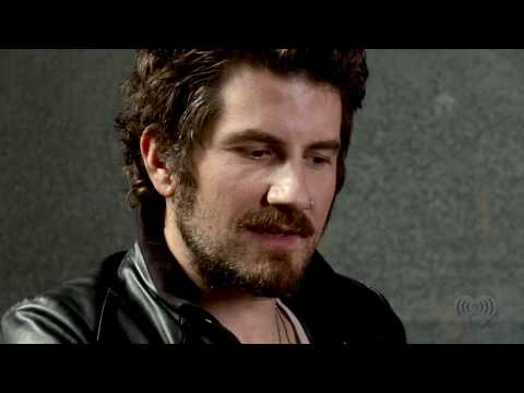 "Matt Nathanson on His New Album ""Modern Love"" 