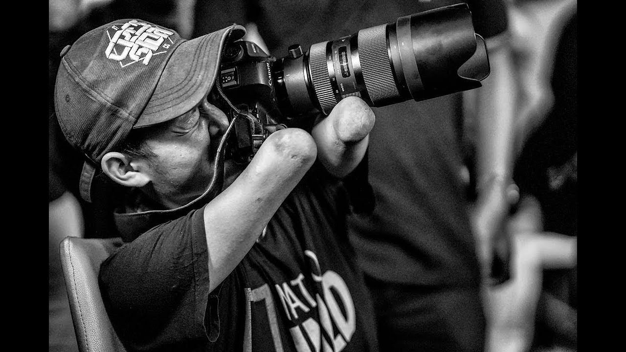 Bang Dzoel Fotografer Difabel Berkarya Tanpa Keterbatasan