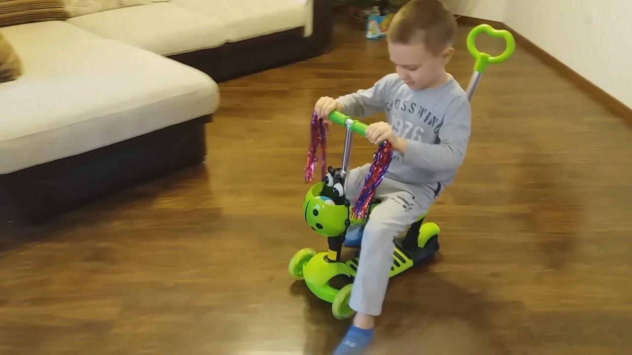 Видео обзор: Toyz York детский трехколесный велосипед - YouTube