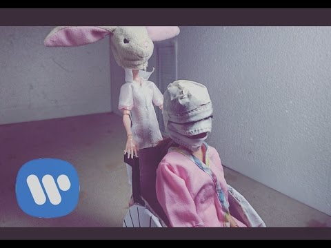 Melanie Martinez - Mrs. Potato Head (barbie stop motion) / JOIS DOLL