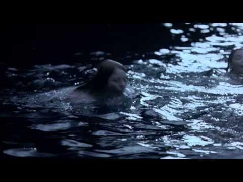 c 39 est aquatique swimming pool freezepop lesbian interest youtube
