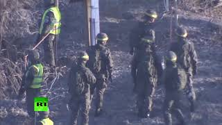 RAW: Troops from two Koreas check removal of each other's border posts