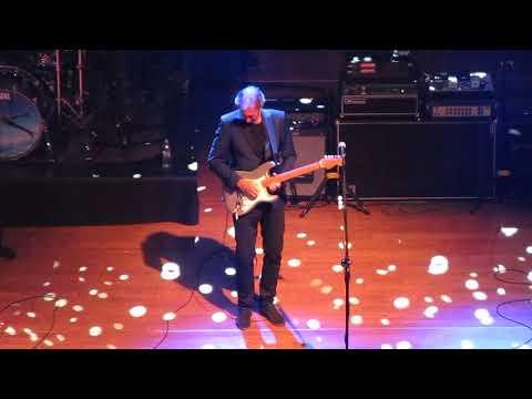 Mike + The Mechanics - Silent Running @ ICE Kraków Congress Centre, 3.09.2017
