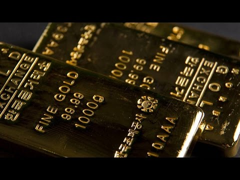 Gold Steadied Near 5-1/2 Year Low, Struggles To Scale Higher