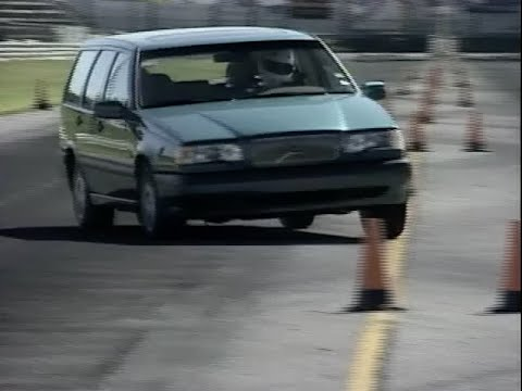 MotorWeek | Retro Review: '94 Volvo 850 GLT Wagon - YouTube