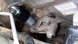 Заміна натяжителя приводного ременя Corolla E120