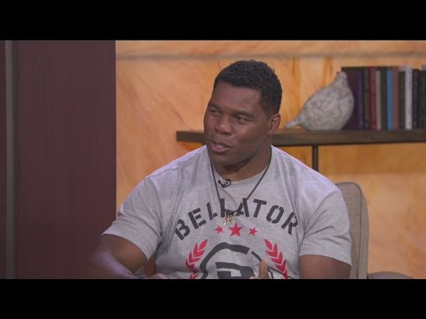 Football superstar Herschel Walker talks Hall Of Fame, NFL, and workouts
