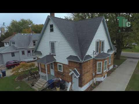 Manteno, Illinois farmhouse makeover