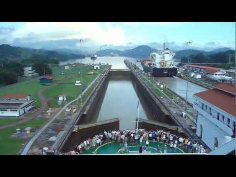 Panama Canal Full Transit in 5-minutes,  Cruzando el Canal de Panama en 5 minutos