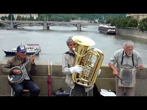 World Trip, Bridge Band - Prague Ep. 2