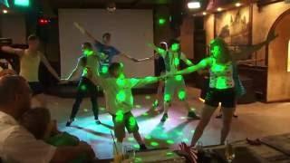 Танец в баре Parivahan. Город Пушкин Санкт-Петербург