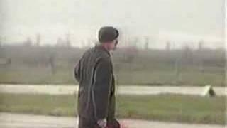 Apresentador Willian Waack pilota Mig-29 na Ucrânia