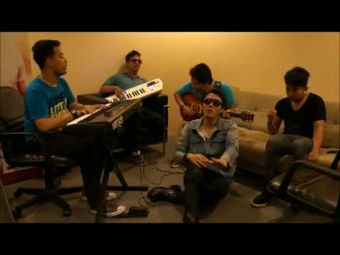 Free Download Coldplay - Paradise (cover By Manglo Band) Mp3 dan Mp4
