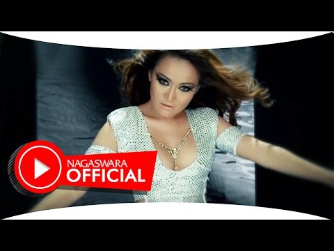 Amanda Cuzz - Digerayang Cinta (Official Music Video NAGASWARA) #music