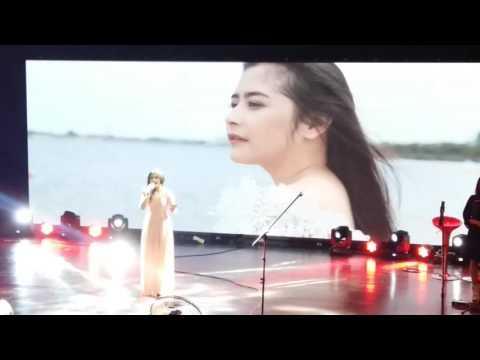 Mini Concert Prilly Latuconsina - 05