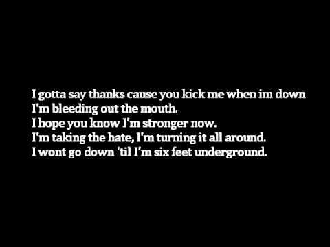 Papa Roach-Kick in The Teeth(Lyrics)