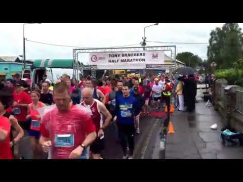 Start of the Irish Examiner Cork City Half Marathon 2015 (#1)