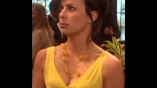 The New Adventures of Old Christine Constance Zimmer cleavage