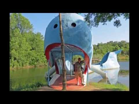 Blue Whale of Catoosa route 66