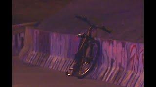 Dos ciclistas se chocaron de frente y uno mató a puñal al otro