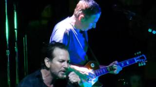 "Pearl Jam ""Tremor Christ"" Miami,FL 4/9/16 HD"
