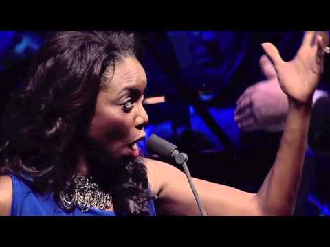 Heather Headley Live Singing