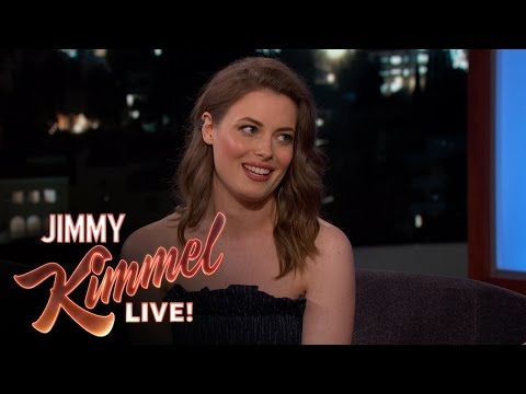 Gillian Jacobs' Character in 'Love' Has Issues
