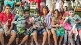 Colombian Kids Throw Chalk in My Face - EP. #161