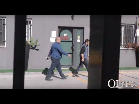 Blitz della Finanza nella sede di U-Tub: Lazazzera lasciato fuori casa chiama la Polizia