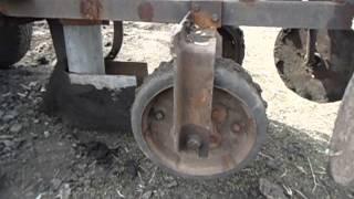 Самодельная картофелесажалка на минитрактор.(Небольшие доработки сажалки., 2014-04-06T19:38:14.000Z)