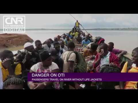 Boat passengers on Oti River travel without life jackets