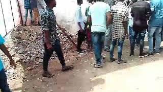 vijay s fans beat ajith fan kovai theatre mersal 1st day