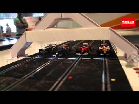 IDEF 2011 – Stand Namco Bandai : le circuit de voitures électriques