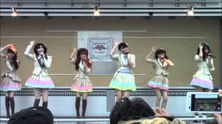 2013年10月6日 福島県南相馬市、ジャスモール駐車場にてAKB48による被災地訪...