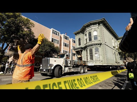 Watch this 139-year-old house wind through San Francisco