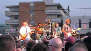 Ween- Mutilated Lips, Live in NJ