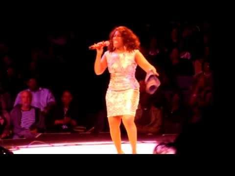 Stephanie Mills Sings The Grammy Win