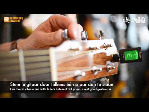 Gitaarles 2: De Eerste Basis Akkoorden Op Gitaar Voor Beginners from YouTube · Duration:  5 minutes 39 seconds