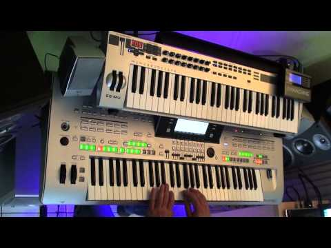 are friends electric - gary numan Remix on Tyros 3 with cantabile performer :)
